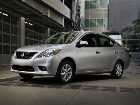 2014_Nissan_Versa_1.6 SV_ Salisbury MD