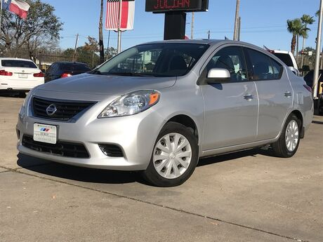 2014 Nissan Versa SL Houston TX