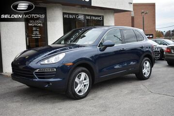 2014_Porsche_Cayenne__ Willow Grove PA