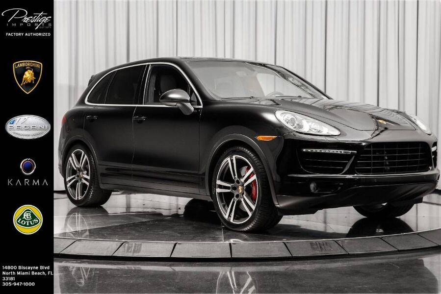 2014_Porsche_Cayenne_Turbo_ North Miami Beach FL
