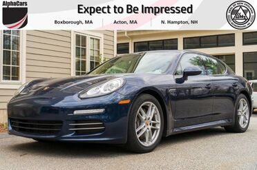 2014_Porsche_Panamera_4_ Boxborough MA