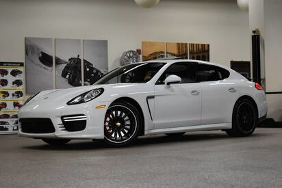 2014_Porsche_Panamera_Turbo_ Boston MA