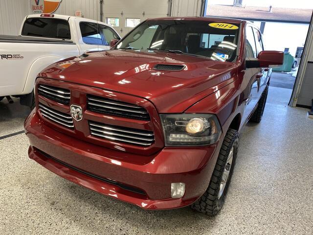 2014 RAM 1500 CREW CAB 4X4 SPORT Bridgeport WV