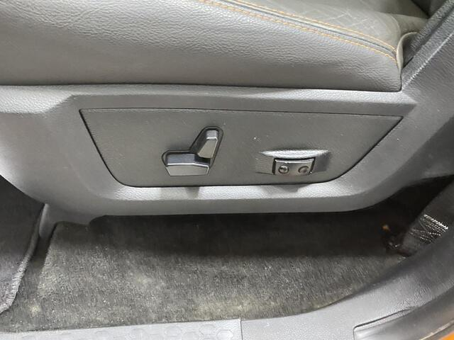 2014 RAM 2500 CREW CAB 4X4 BIG HORN 6 SPEED MANUAL TRANSMISSION Bridgeport WV