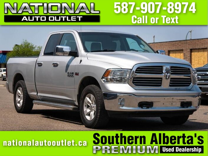 2014 Ram 1500 SLT- 5.7 HEMI - TONNEAU COVER - INTEGRATED TAILOR BRAKE Lethbridge AB