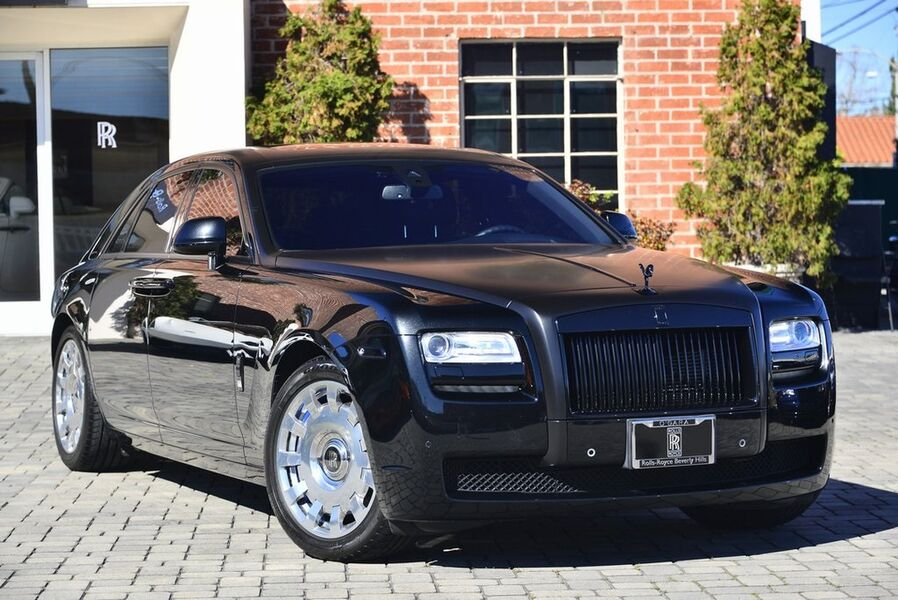 2014_Rolls-Royce_Ghost__ Beverly Hills CA