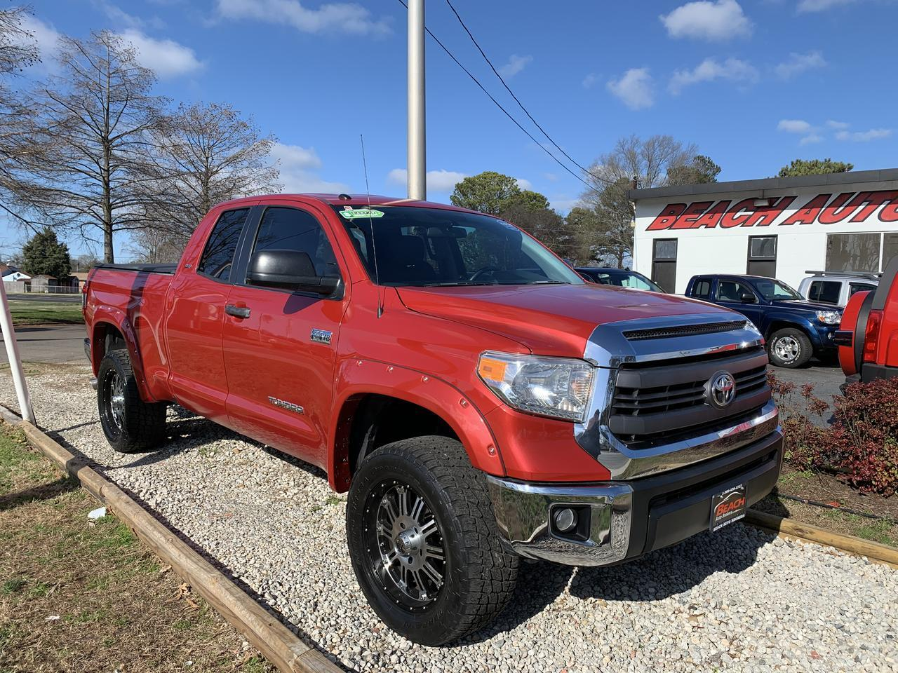 2014 TOYOTA TUNDRA SR5 DOUBLE CAB 4X4, WARRANTY, BACKUP CAM, PARKING SENSORS, LOW MILES, CLEAN CARFAX! Norfolk VA