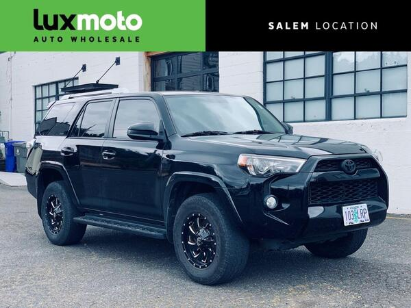 2014_Toyota_4Runner_4WD SR5 Sliding Rear Deck Entune Premium Audio_ Portland OR