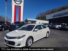 2014_Toyota_Avalon__ Covington VA