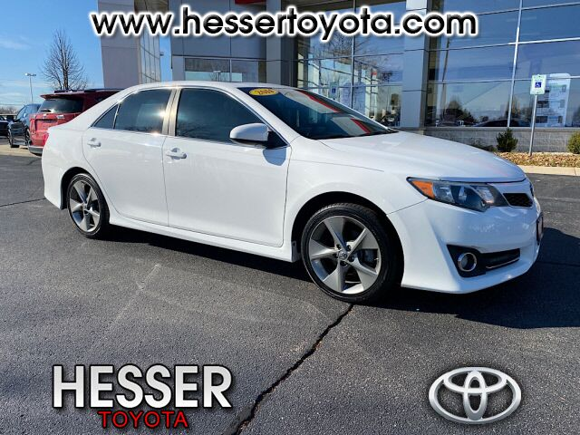 2014 Toyota Camry Janesville WI