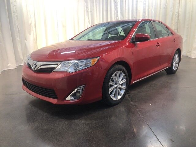 2014 Toyota Camry 2014.5 4dr Sdn I4 Auto XLE (Natl) Clarksville TN