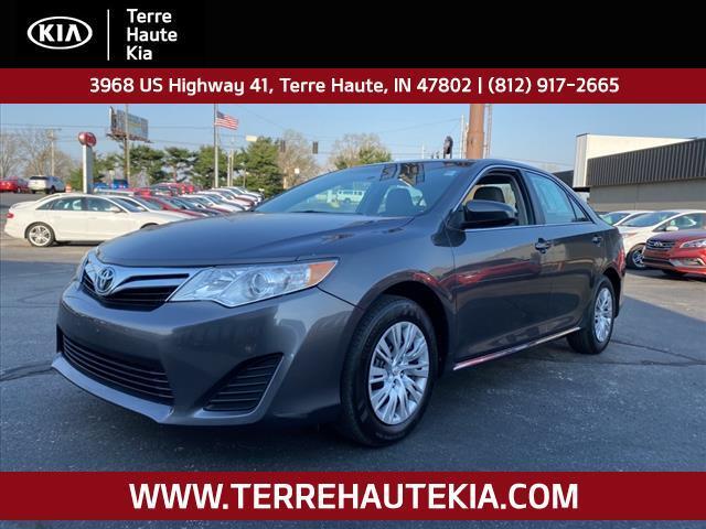 2014 Toyota Camry 4dr Sdn I4 Auto LE *Ltd Avail* Terre Haute IN