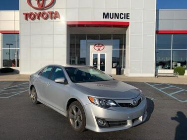 2014 Toyota Camry 4dr Sdn I4 Auto SE Sport *Ltd Avail Muncie IN