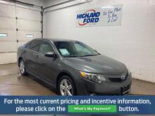 2014_Toyota_Camry Hybrid__ Sault Sainte Marie ON