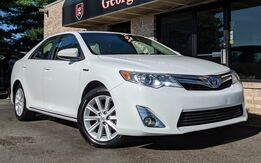 2014_Toyota_Camry Hybrid_XLE_ Georgetown KY