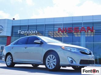 2014_Toyota_Camry_Hybrid XLE ONE OWNER - LOCAL TRADE - NAV - ROOF - LEATHER_ Ardmore OK