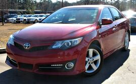 Toyota Camry SE - w/ LEATHER SEATS 2014
