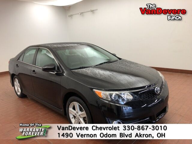 2014 Toyota Camry SE Akron OH
