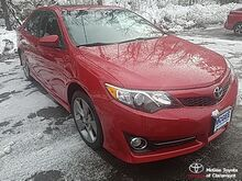 2014_Toyota_Camry_SE_ Claremont NH