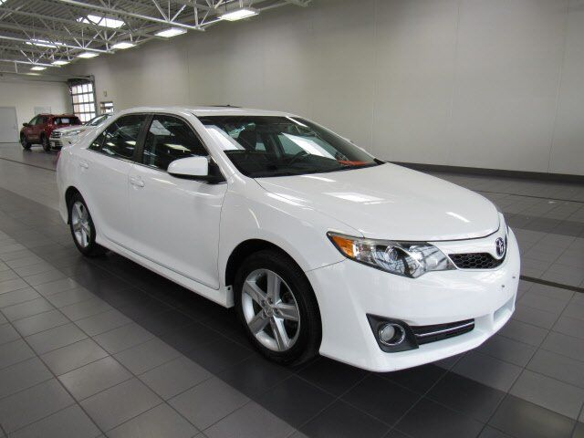 2014 Toyota Camry SE Green Bay WI