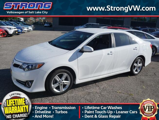 Lake City Toyota >> 2014 Toyota Camry Se Salt Lake City Ut 30426828