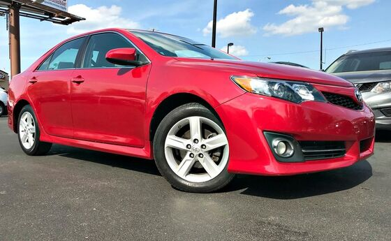 2014 Toyota Camry SE Sport Georgetown KY