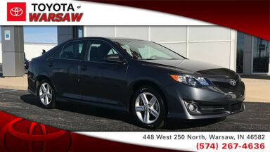 2014_Toyota_Camry_SE_ Warsaw IN