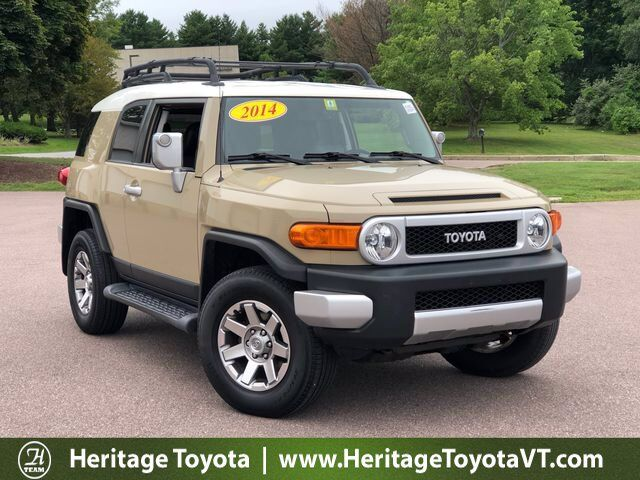 2014 Toyota FJ Cruiser SR South Burlington VT