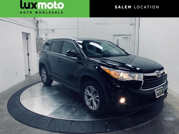2014_Toyota_Highlander_XLE AWD 8-Passenger Seating_ Salem OR