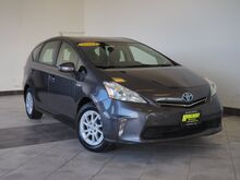 2014_Toyota_Prius v_Three_ Epping NH