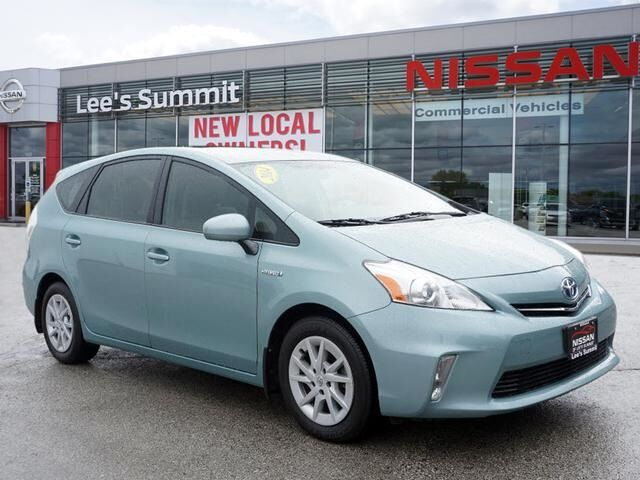 2014 Toyota Prius v Two Lee's Summit MO