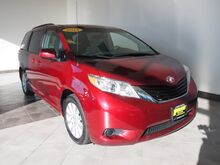 2014_Toyota_Sienna_LE 7-Passenger_ Epping NH