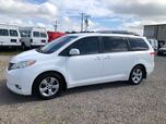 2014 Toyota Sienna LE 8-Passenger w/ Leather Interior LE