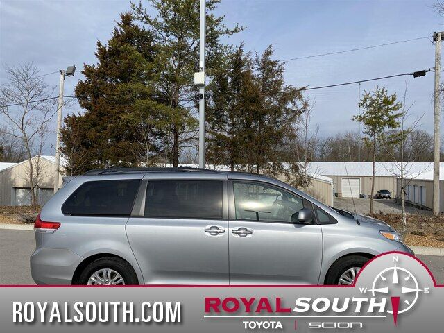 2014 Toyota Sienna XLE V6 8 Passenger Bloomington IN