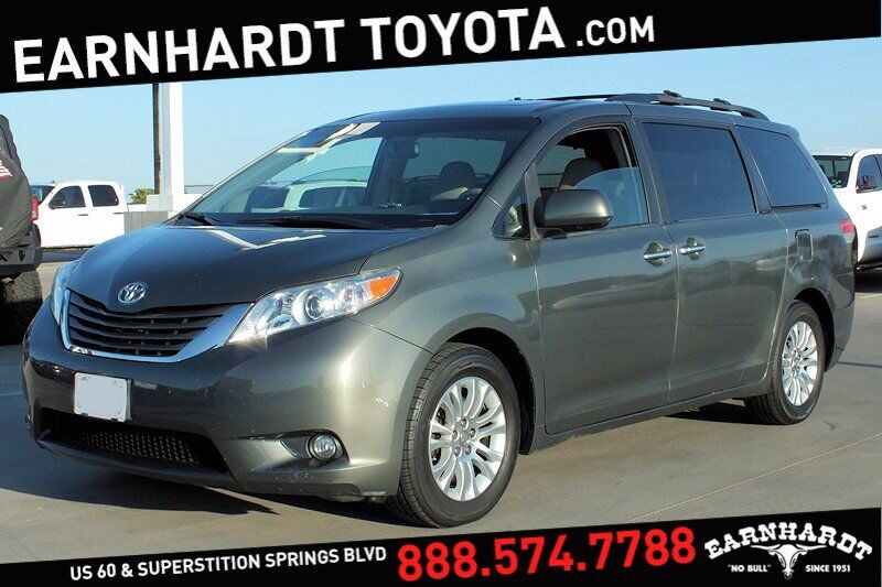2014 Toyota Sienna XLE *WELL MAINTAINED!*