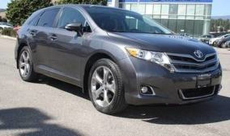 2014 Toyota Venza XLE No accident Backup camera, Heated seats,Leather, Sunroof Kelowna BC