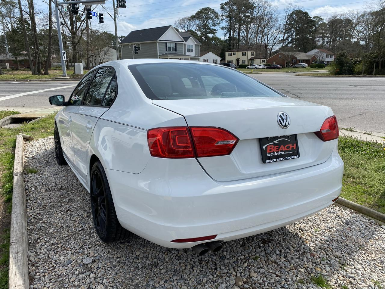 2014 VOLKSWAGEN JETTA S, WHOLESALE TO THE PUBLIC, BLUETOOTH, SINGLE CD PLAYER, A/C, CRUISE CONTROL, AUX PORT! Norfolk VA