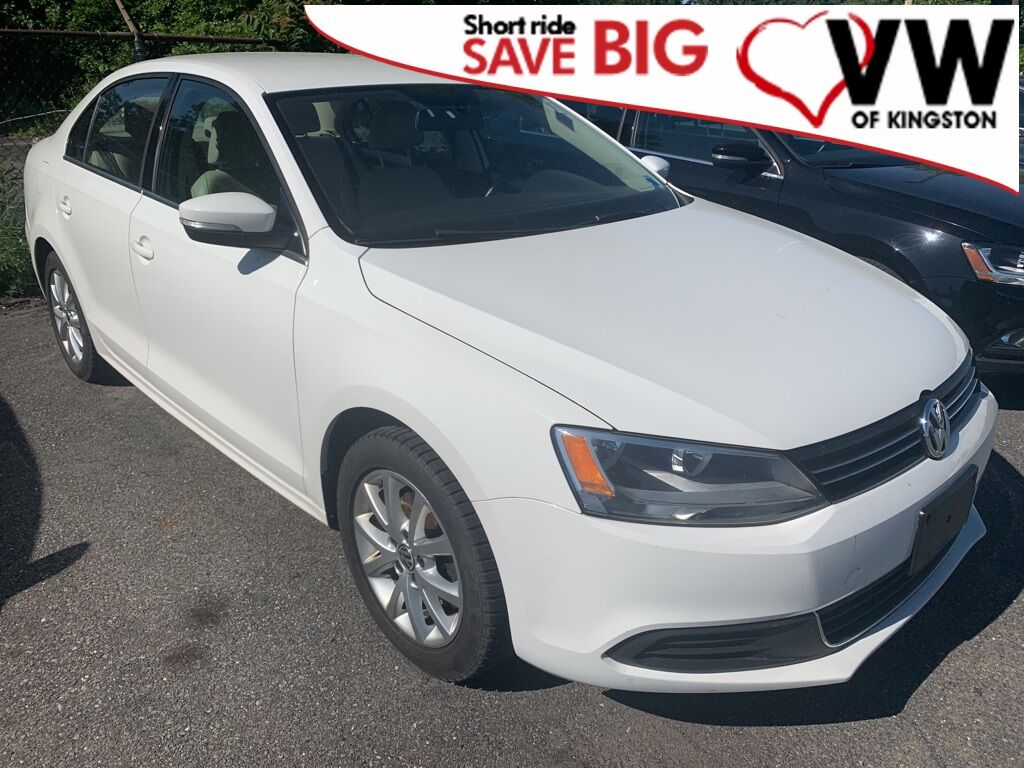 2014_Volkswagen_Jetta_1.8T SE w/Connectivity_ Kingston NY