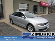 2014_Volkswagen_Jetta_4dr Manual SE w/Connectivity_ Madison WI