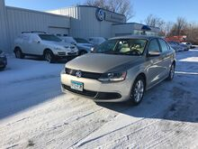 2014_Volkswagen_Jetta Sedan_SE w/Connectivity/Sunroof_ Brainerd MN