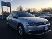 2014_Volkswagen_Jetta Sedan_SE w/Connectivity/Sunroof PZEV_ Ramsey NJ