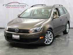 2014_Volkswagen_Jetta SportWagen_2.0L TDI Clean Diesel Engine / Manual Transmission / Panoramic Sunroof Rear View Camera_ Addison IL