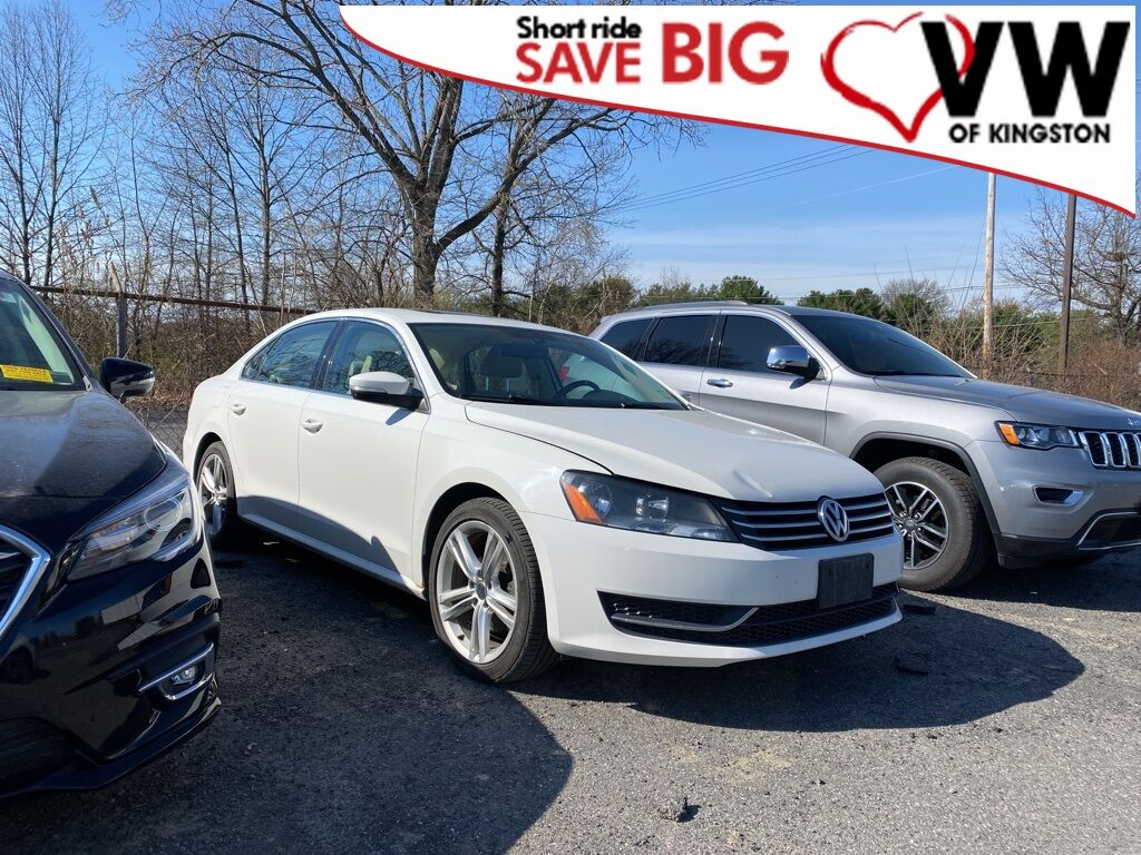 2014_Volkswagen_Passat_1.8T SE w/Sunroof_ Kingston NY