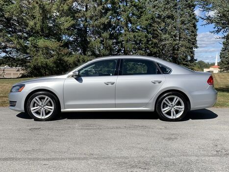 2014_Volkswagen_Passat_SE w/Sunroof_ West Chester PA