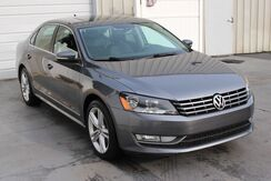 2014_Volkswagen_Passat_TDI Diesel SEL Premium Navigation Backup Camera Sunroof_ Knoxville TN