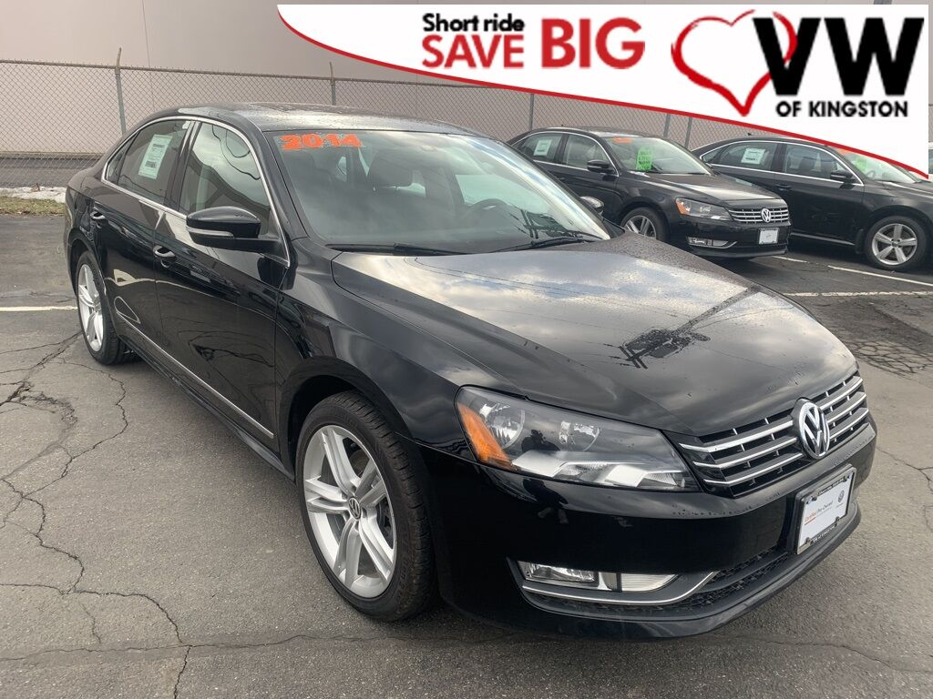 2014_Volkswagen_Passat_TDI SE w/Sunroof/Nav_ Kingston NY