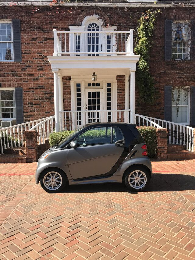 2014 smart fortwo Passion 1-OWNER AUTOMATIC VERY WELL KEPT EXCELLENT MECHANICAL AND PHYSICL CONDITION Arlington TX