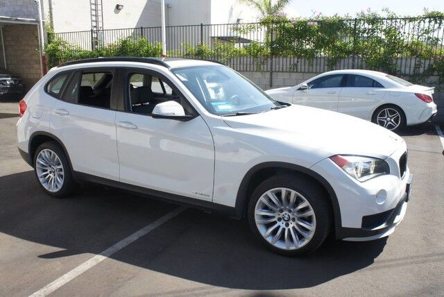 2015 BMW X1 sDrive28i (04/15) PANORAMA/ NAVIGATION/ 18',