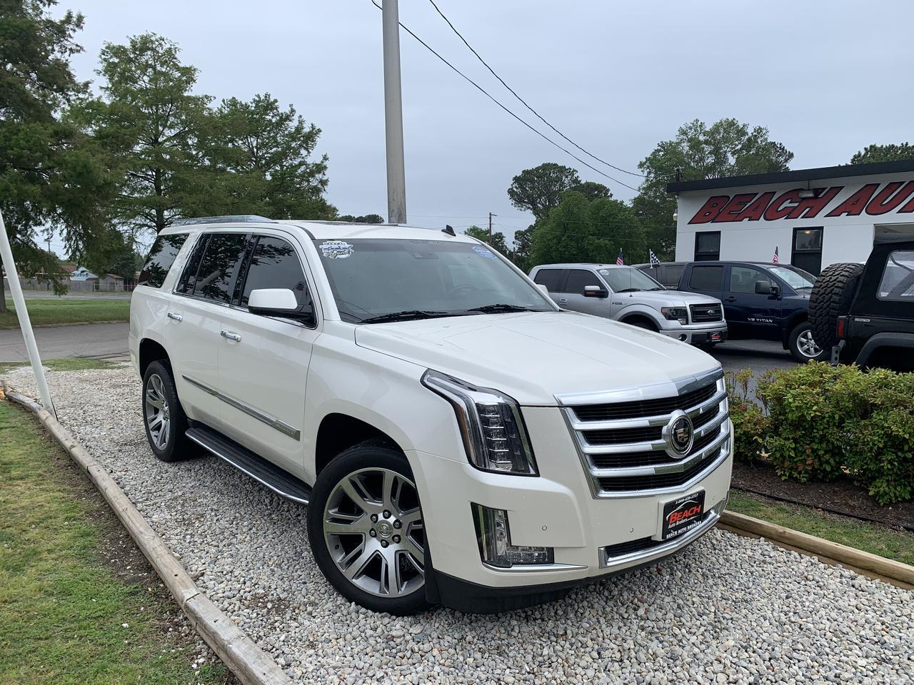 2015 CADILLAC ESCALADE PREMIUM 4X4, WARRANTY, LEATHER, NAV, SUNROOF, DVD PLAYER, 3RD ROW, BLUETOOTH, HEATED/COOLED SEATS! Norfolk VA