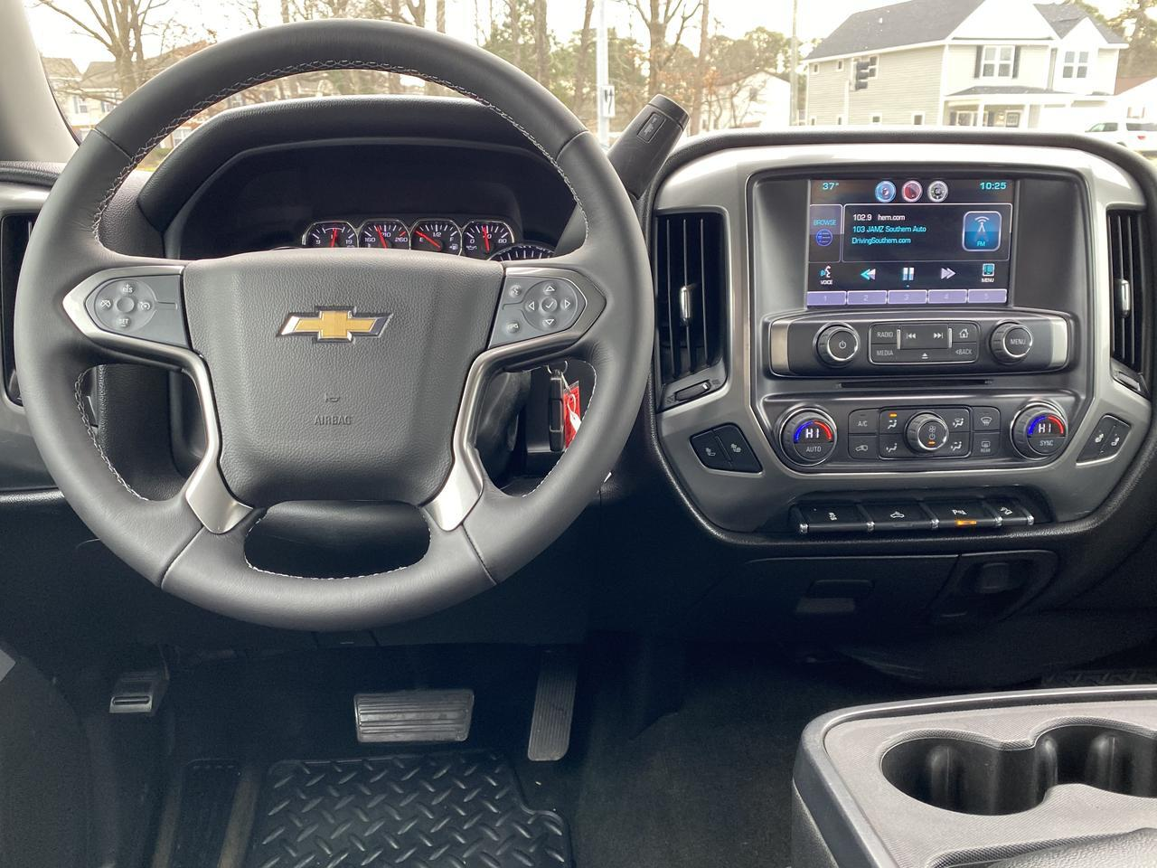 2015 CHEVROLET SILVERADO 1500 LT DOUBLE CAB 4X4, WARRANTY,  Z-71 OFF ROAD PKG, LEATHER, HEATED SEATS, BACKUP CAM, CLEAN! Norfolk VA